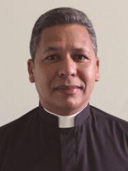 Pe. José Carlos - Red